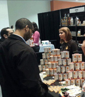 Zouq_at_Fancy_Food_Show_Consumers