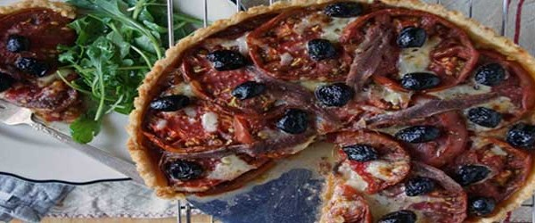Zouq - Anchovies Pizza